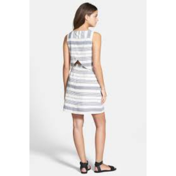 e9534151467 Madewell Dresses   Skirts - Madewell linen striped open back overlay dress